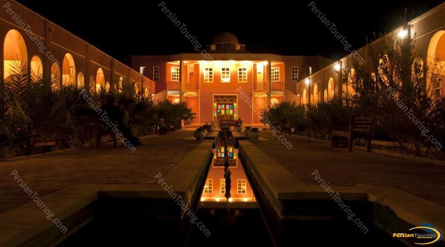 bali-desert-hotel-isfahan-7