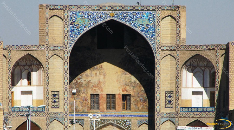 bazar-of-isfahan-1
