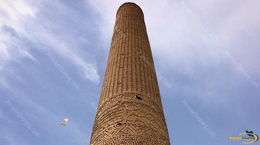 chehel-dokhtar-minaret-1