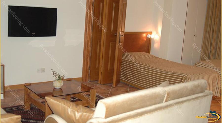 chehel-panjereh-hotel-isfahan-twin-room-2