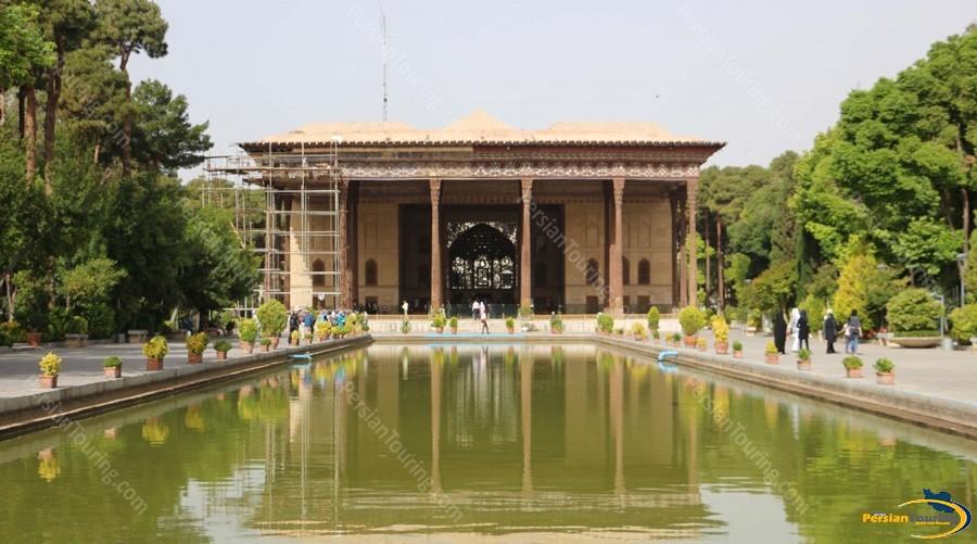 chehel-sotoun-palace-7