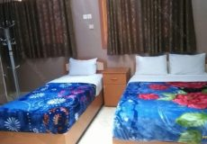 ghasr-hotel-isfahan-triple-room-1