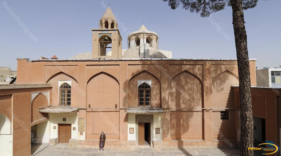 hakoop-church-1