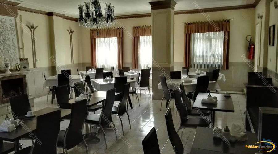 iran-hotel-isfahan-2