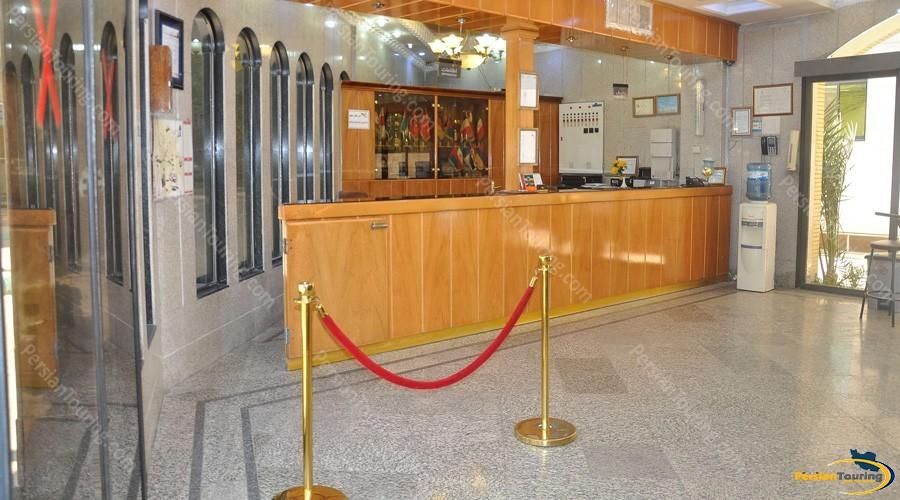 jey-negin-hotel-isfahan-lobby-3