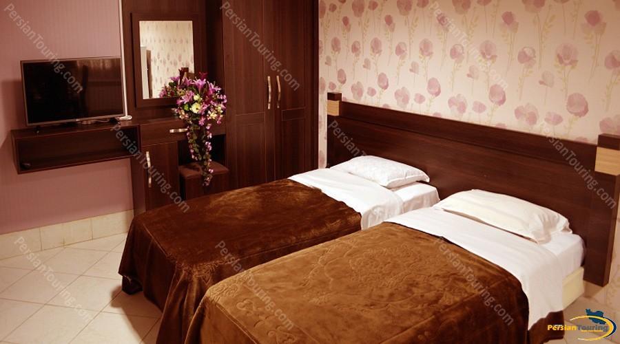 jolfa-hotel-isfahan-twin-room-3