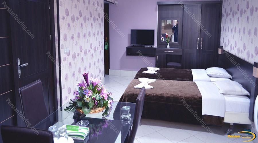jolfa-hotel-isfahan-twin-room-7