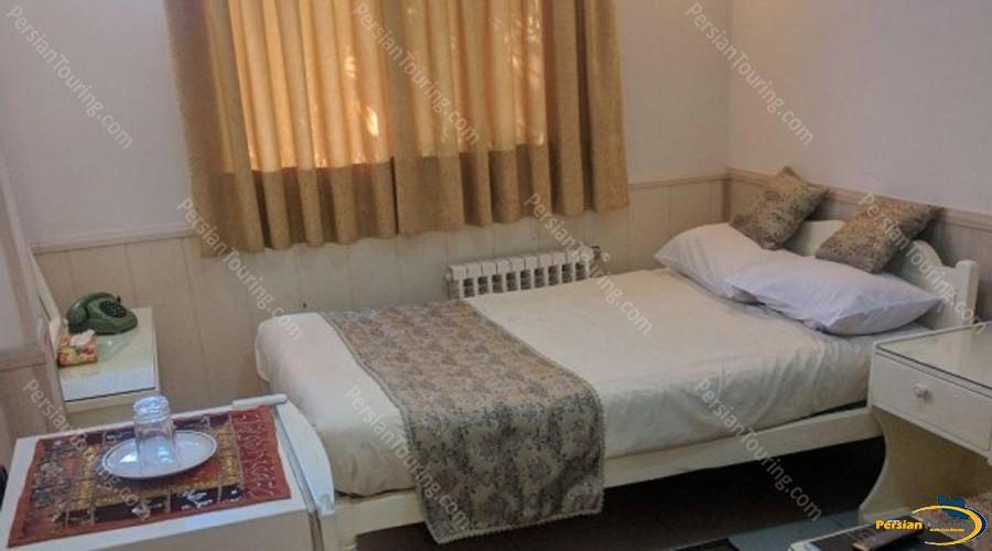 karoon-hotel-isfahan-double-room