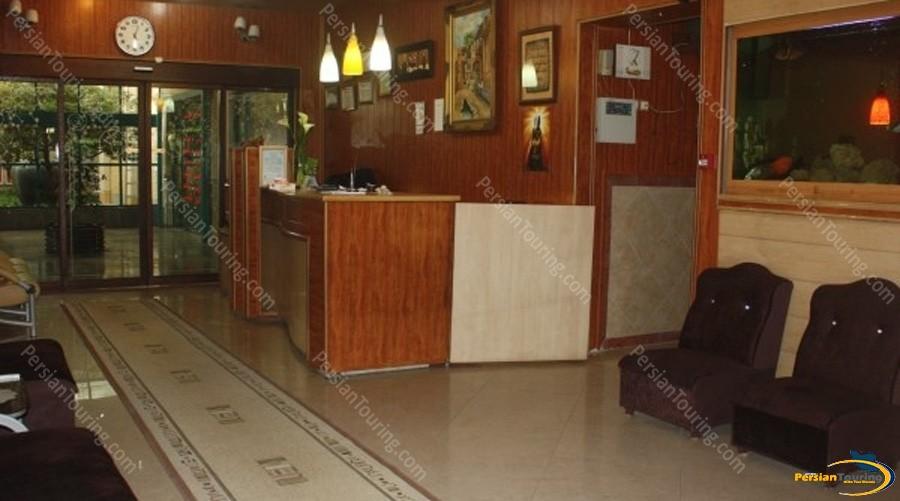 kaveh-hotel-isfahan-1