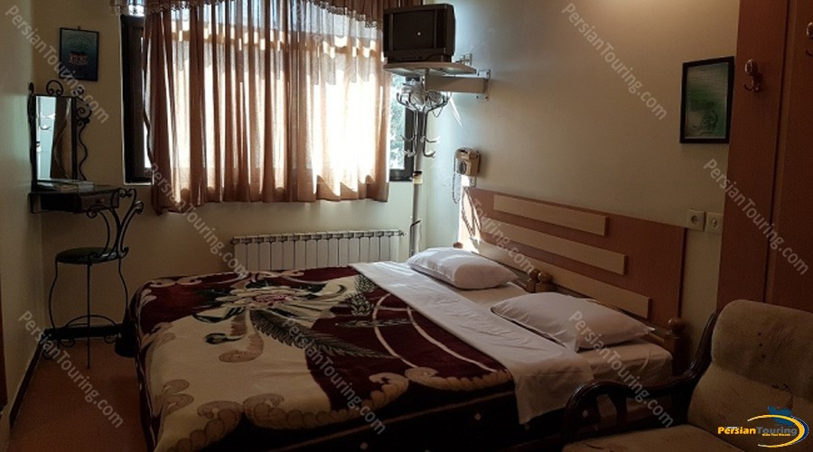 morvarid-hotel-isfahan-double-room-4