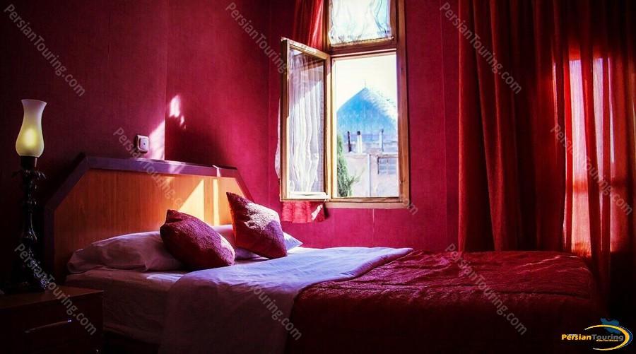 partikan-hotel-isfahan-double-room-1