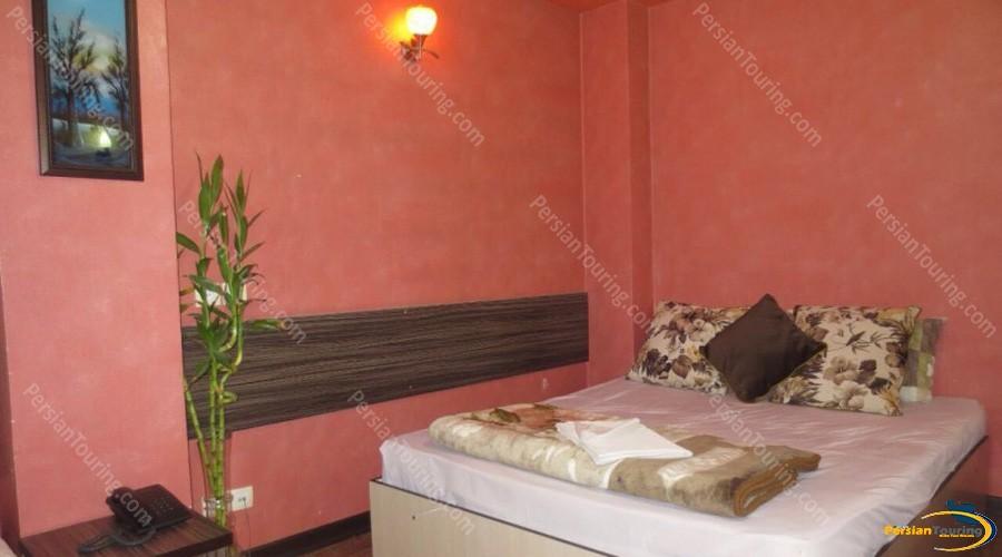 saba-hotel-isfahan-double-room-1