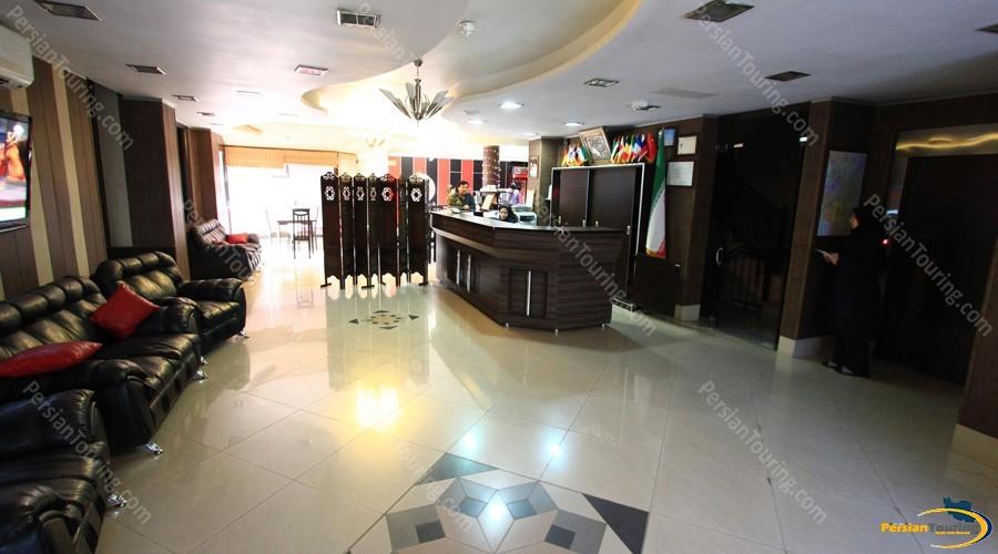 saba-hotel-isfahan-lobby-2