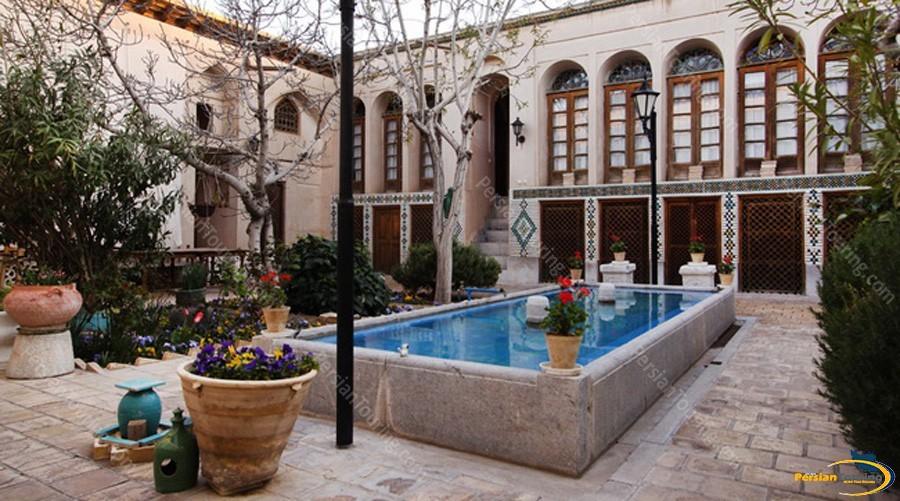 sheikh-bahai-house-2