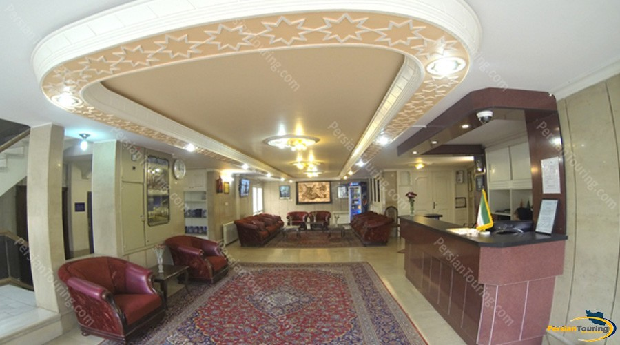 tooba-hotel-isfahan-lobby