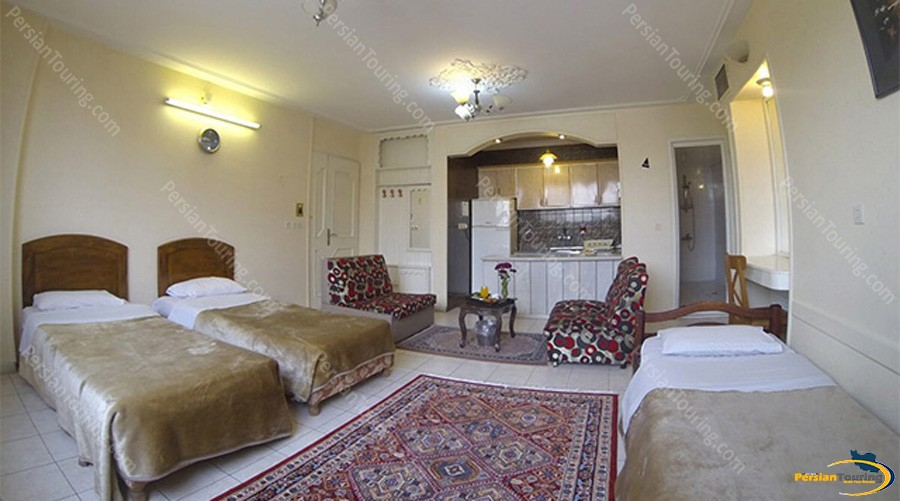 tooba-hotel-isfahan-triple-room