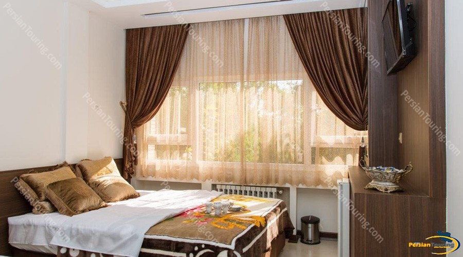 viana-hotel-isfahan-double-room-2