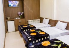 viana-hotel-isfahan-triple-room-1