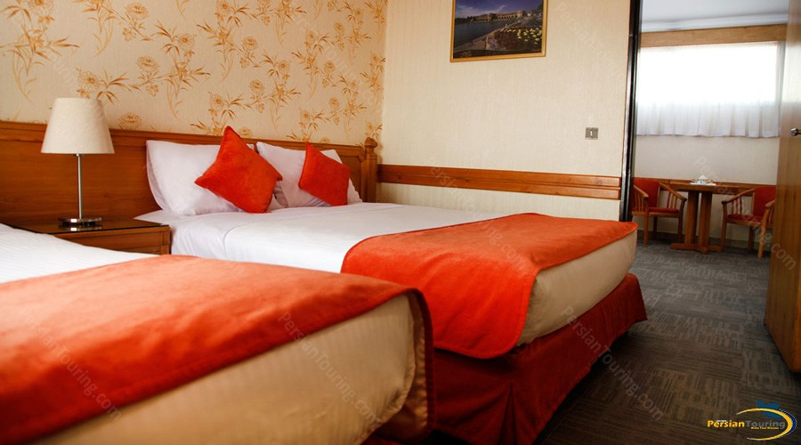alborz-hotel-tehran-triple-suite-1