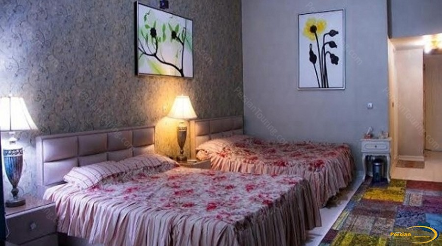 apadana-hotel-tehran-quadruple-room-1