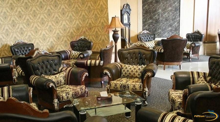 baba-taher-hotel-tehran-lobby