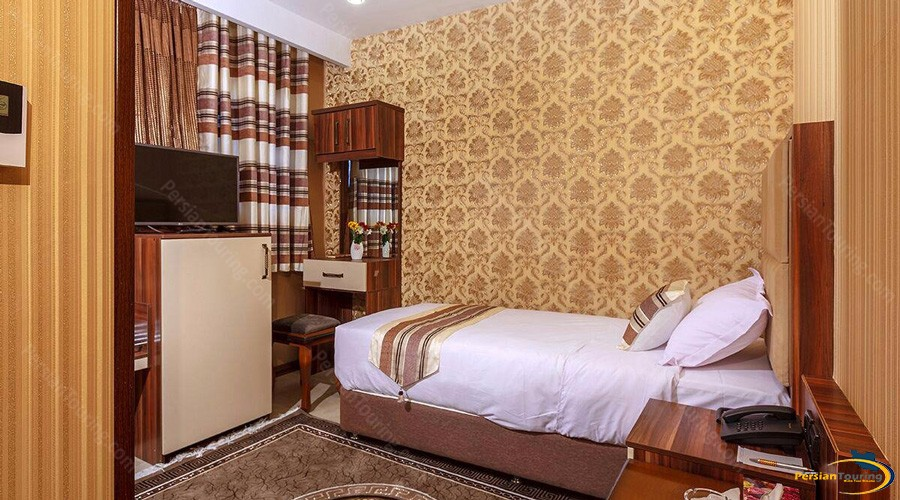 bahar-hotel-tehran-single-room