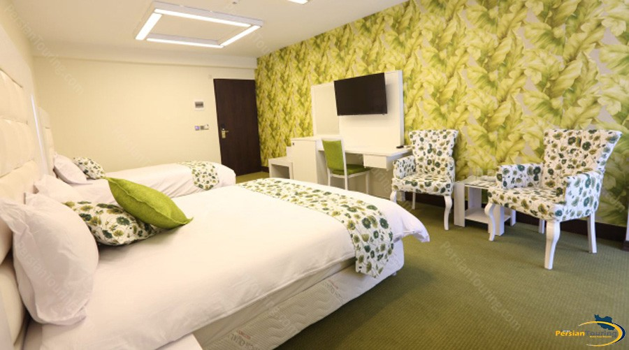 baloot-hotel-tehran-triple-room-4