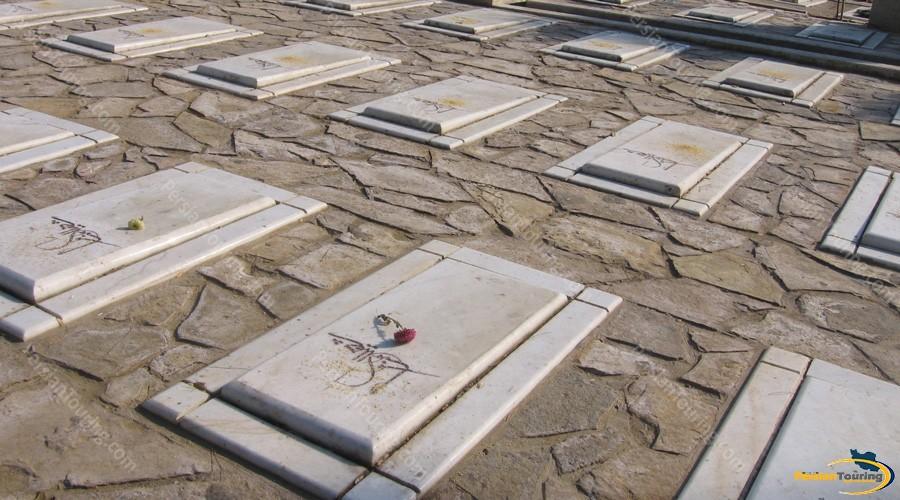 behesht-e-zahra-graveyard-2