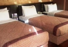 boulevard-hotel-tehran-triple-room-1