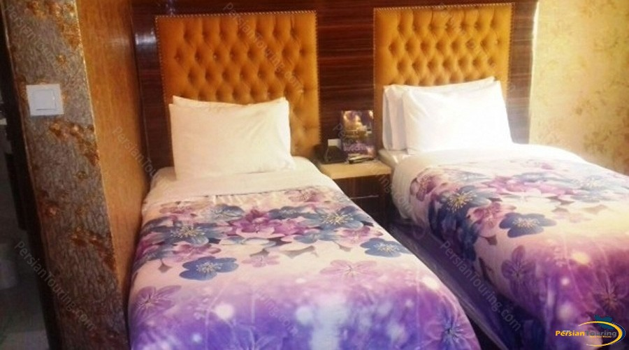 boulevard-hotel-tehran-twin-room-2