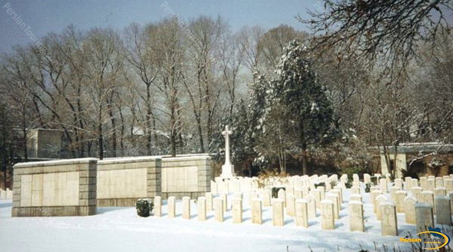 dowlat-graveyard-1