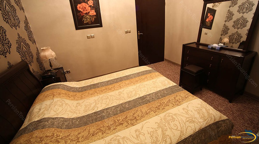 eram-hotel-tehran-double-room-2