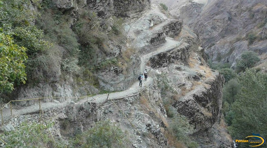 evin-valley.-darakeh-10