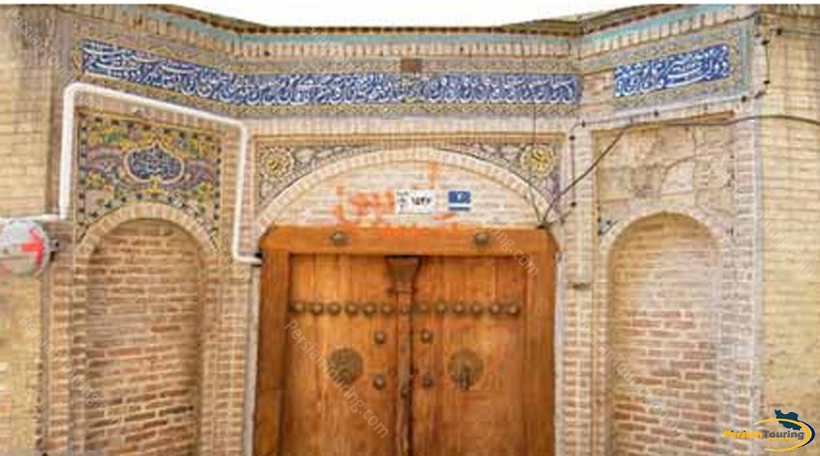 ghanbarali-khaan-and-other-mosque-1