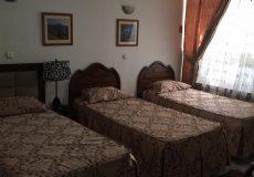 golestan-hotel-tehran-triple-room-1