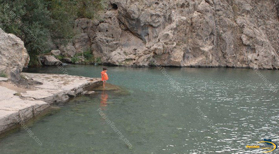 hableh-rood-river-firooz-kooh-2