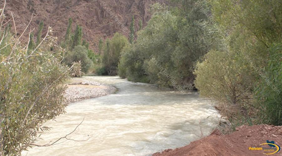 hableh-rood-river-firooz-kooh-3