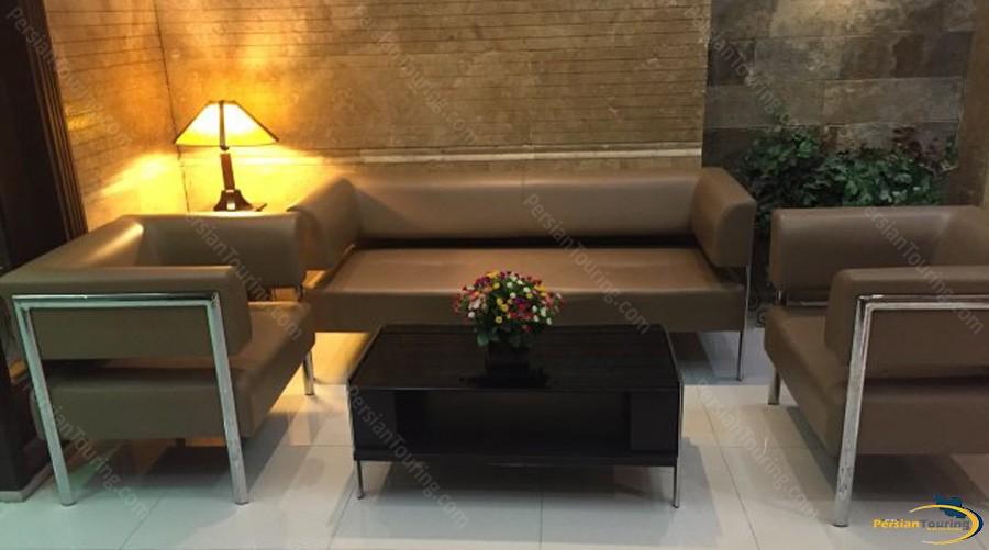 hafez-hotel-tehran-lobby-3