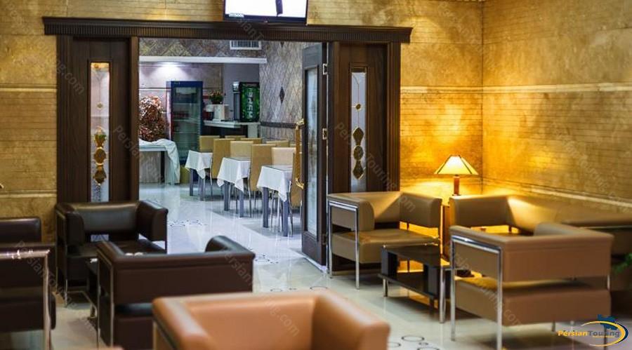 hafez-hotel-tehran-lobby-4
