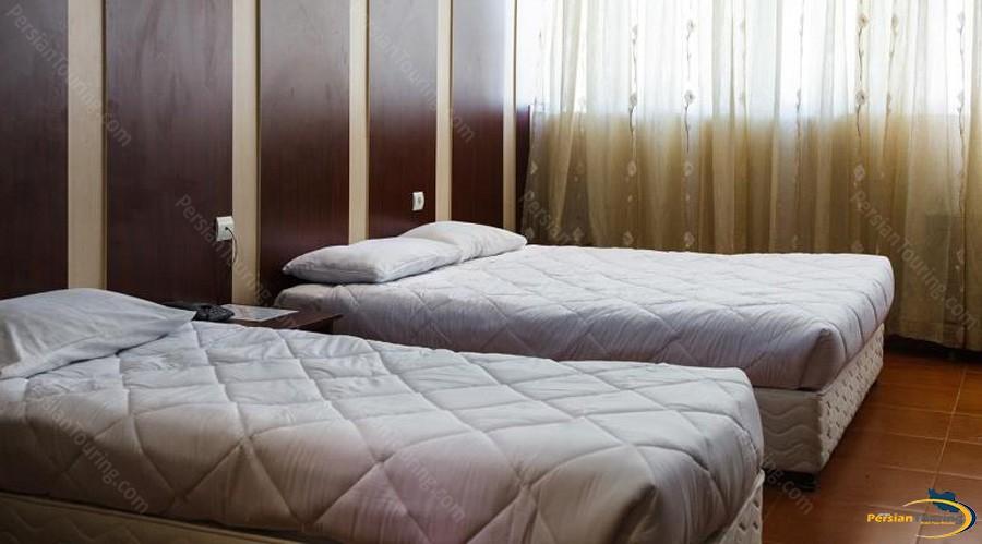 hafez-hotel-tehran-triple-room-1