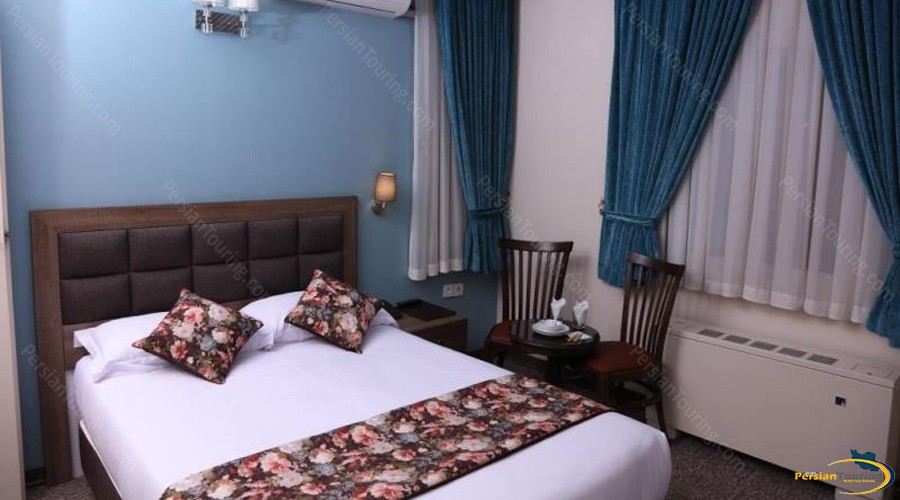 hally-hotel-tehran-double-room-3