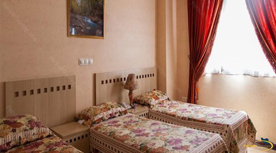 mehregan-hotel-tehran-triple-room1
