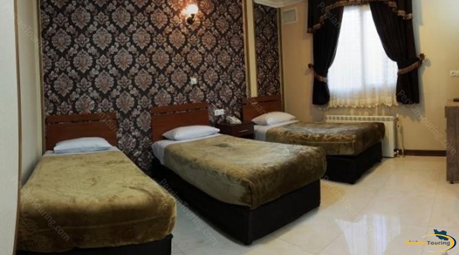 mina-hotel-tehran-triple-room-3