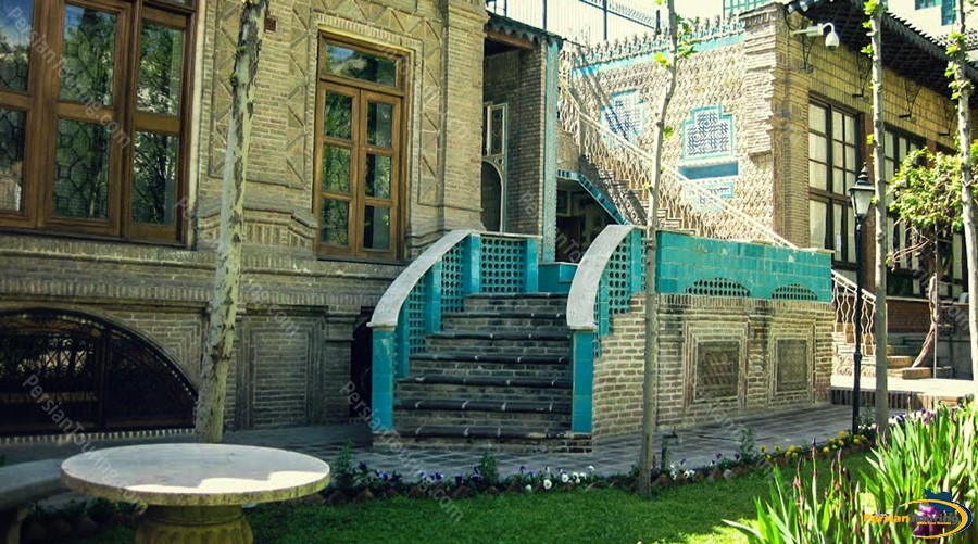moghadam-museum-of-tehran-university-11