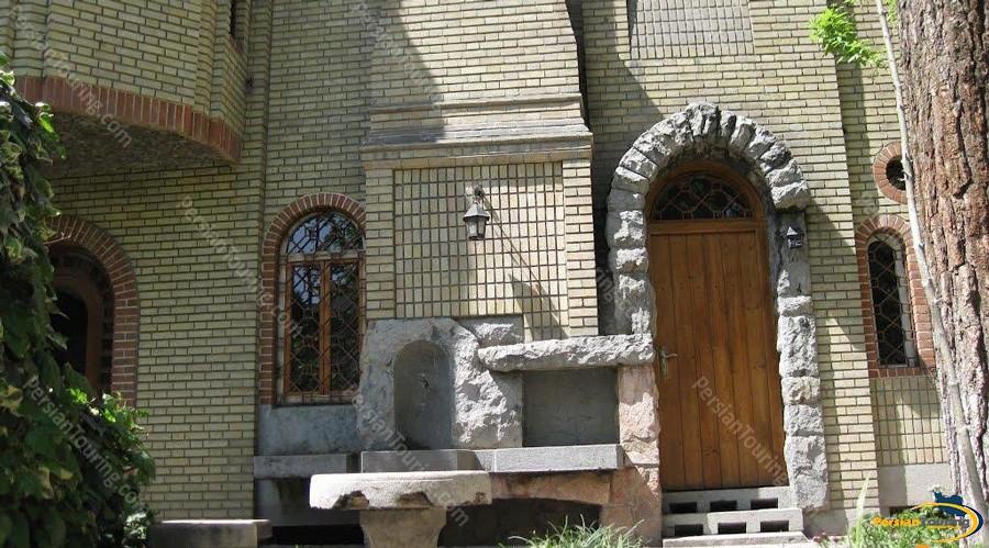 moghadam-museum-of-tehran-university-5