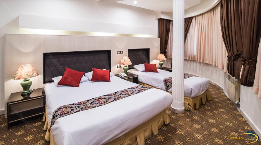 morvarid-hotel-tehran-triple-room-3