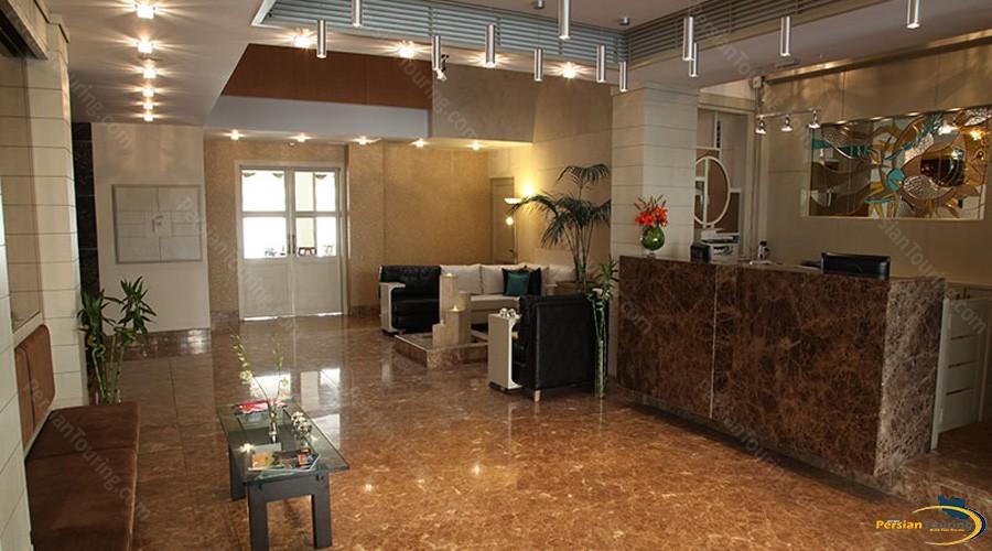 saina-hotel-tehran-lobby-1