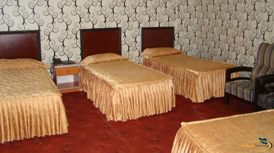 shahryar-hotel-tehran-quadruple-room-1