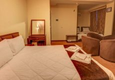 alvand-hotel-qeshm-quadruple-room-2