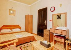 aram-hotel-qeshm-double-room-1